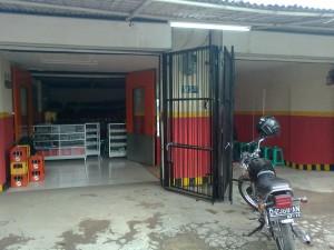 manajemen bengkel motor dan toko spare part aksesoris